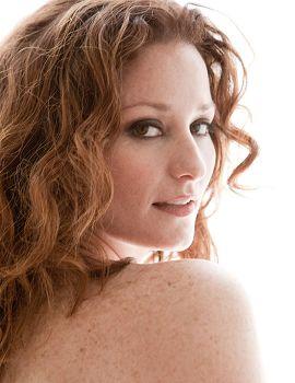 Plus Model Bernadett, Wilhelmina Models
