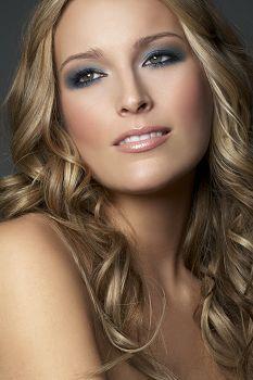 Wilhelmina Model Lizzie